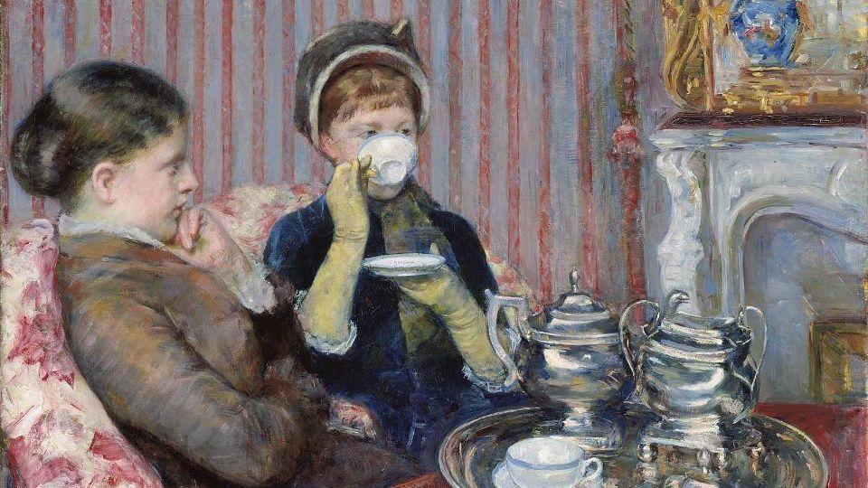Five O'Clock Tea, by the American painter Mary Cassatt: Pinkies down, ladies!