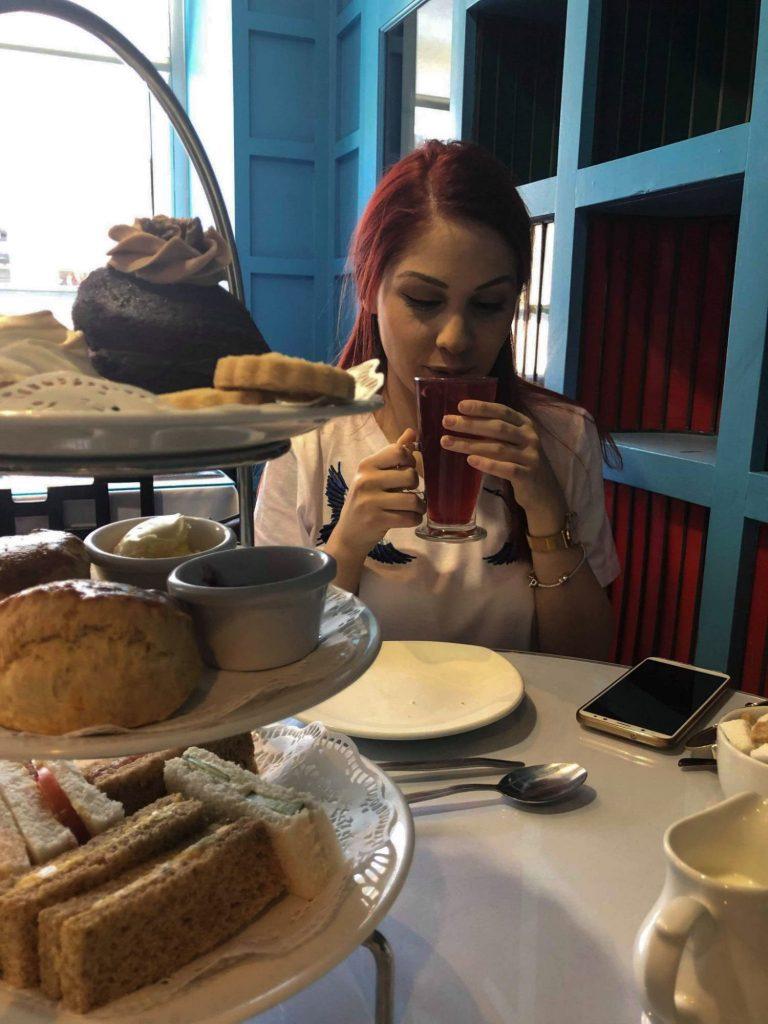 Традиционен следобеден чай в The Willow tea rooms, Глазоу | Peysoul