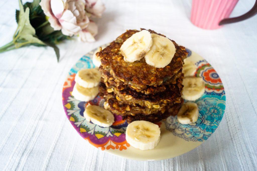 Най-вкусната част от един брънч - палачинките! Овесени палачинки с банани | Peysoul