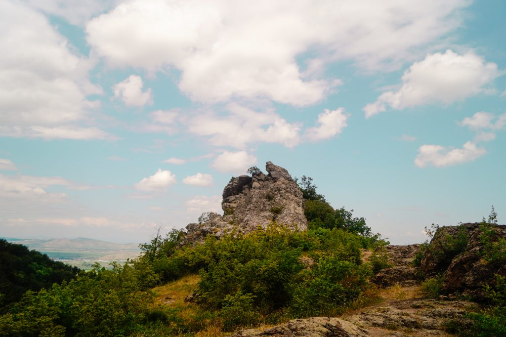 Гледка над водопада в Устина - 10 маршрута около Пловдив