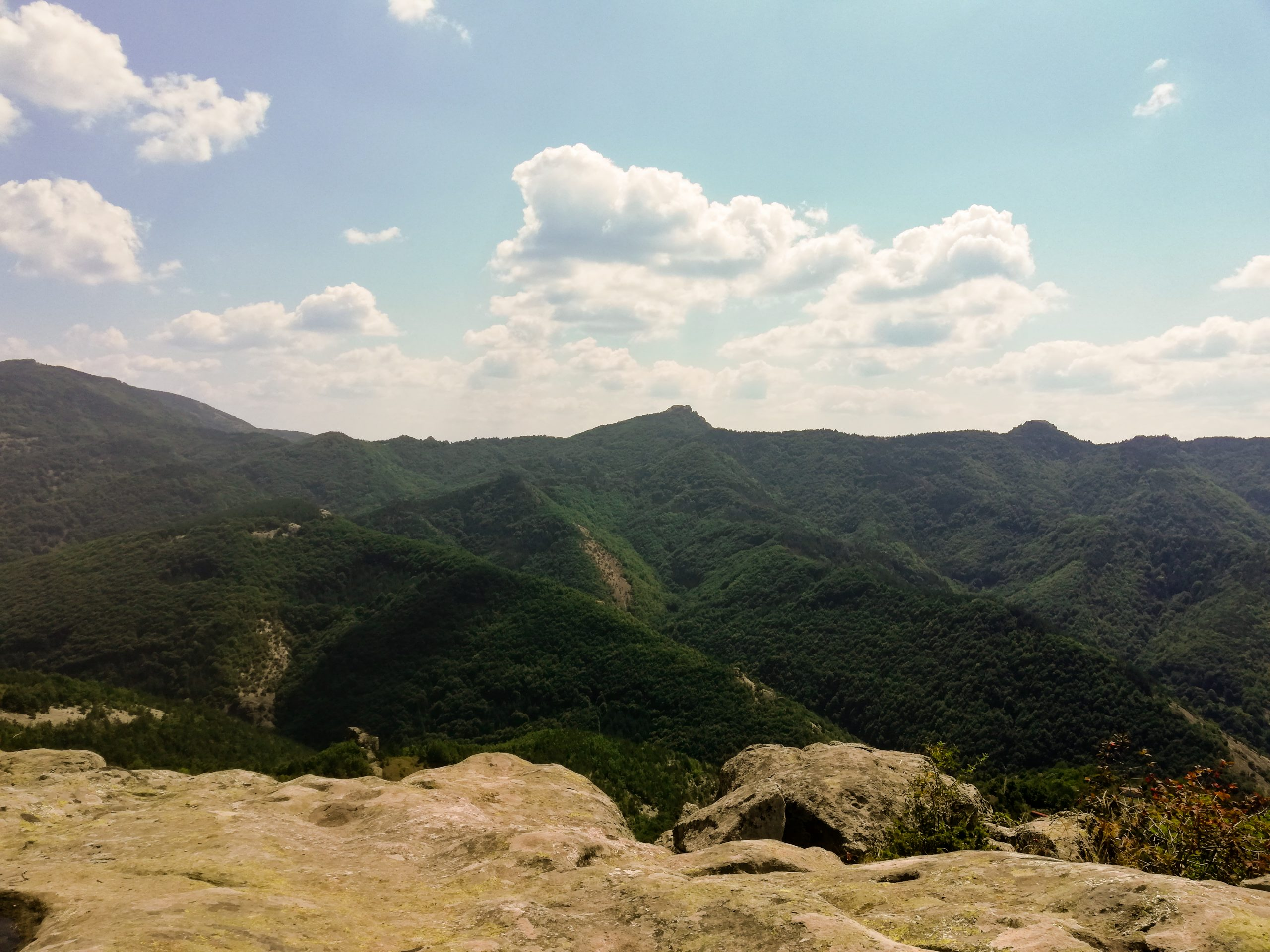 Белинташ – скалното плато в Родопите, обгърнато в мистерия
