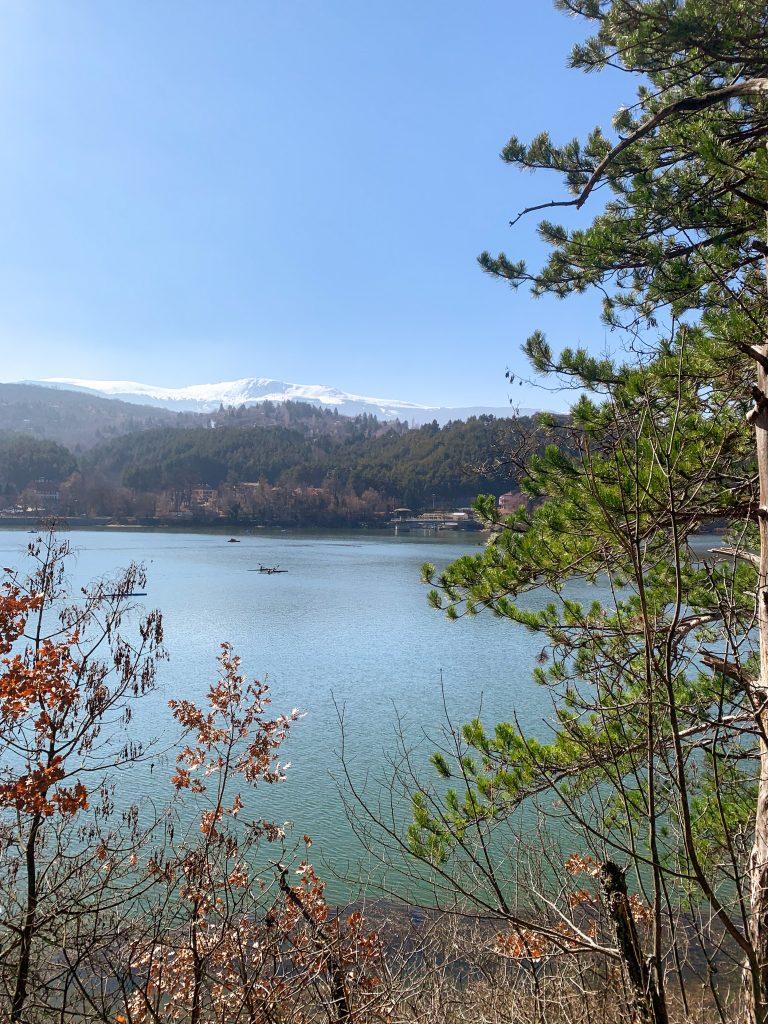 Езерото Панчарево