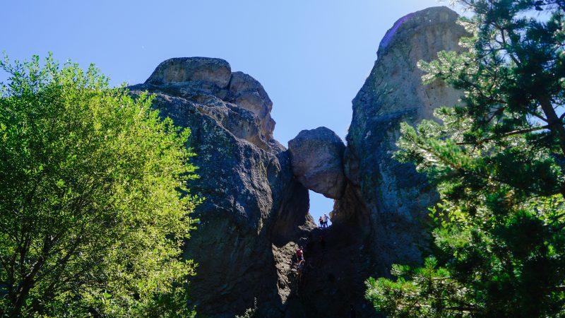 Караджов камък – скалният феномен в Родопите
