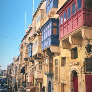 Малта – екзотично, любопитно и цветно