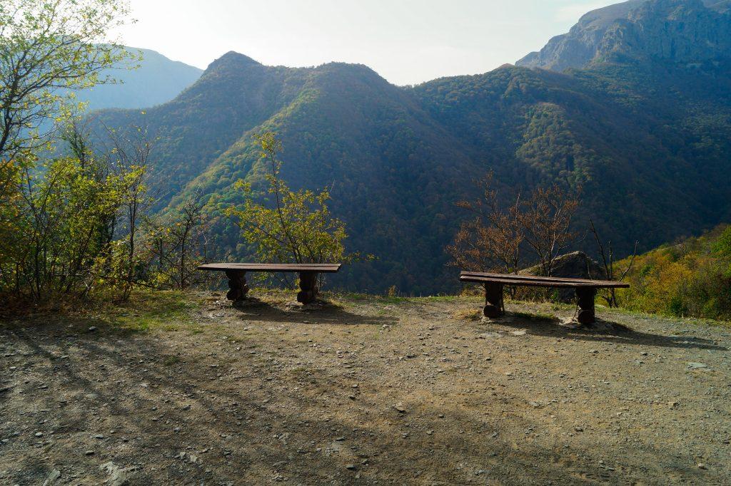Гледка към планината - по пътя към Хижа Рай
